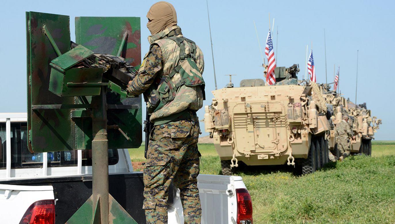 Do zamachu doszło w mieście Manbidż na północy Syrii (fot. PAP/EPA/YOUSSEF RABIE YOUSSEF)