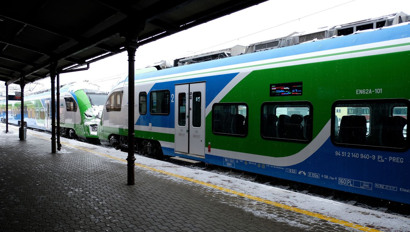 Do końca marca 2018 r. do regionu trafią jeszcze cztery takie pojazdy (fot. PAP/Darek Delmanowicz)
