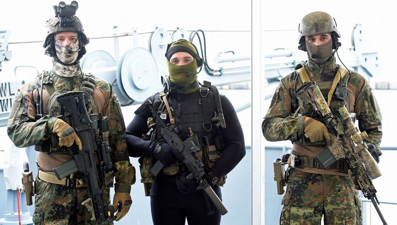 Żołnierze niemieckich sił specjalnych armii niemieckiej Bundeswehry w Kilonii w Niemczech (fot. REUTERS/Fabian Bimmer)
