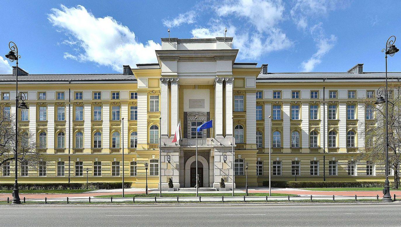 Powstał międzyresortowy zespół do walki z przejawami faszyzmu i innych ideologii totalitarnych (fot. pl.wikipedia.org/CC BY-SA 3.0 pl)