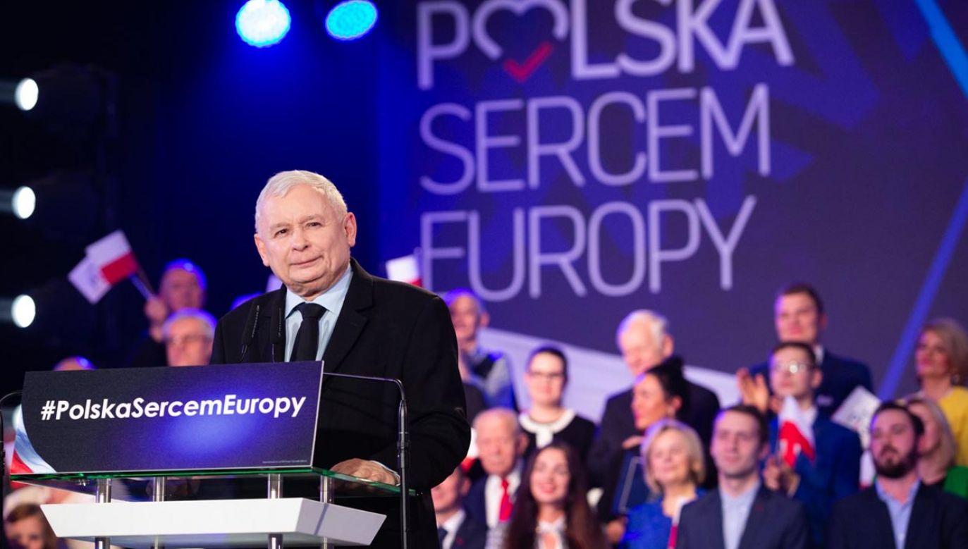Jarosław Kaczyński na spotkaniui z wyborcami w Wieluniu (fot. tt/pis)