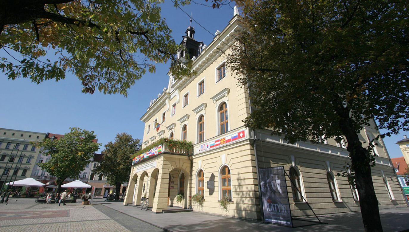 Ratusz w Ostrowie Wielkopolskim (fot. arch.PAP/Tomasz Wojtasik)