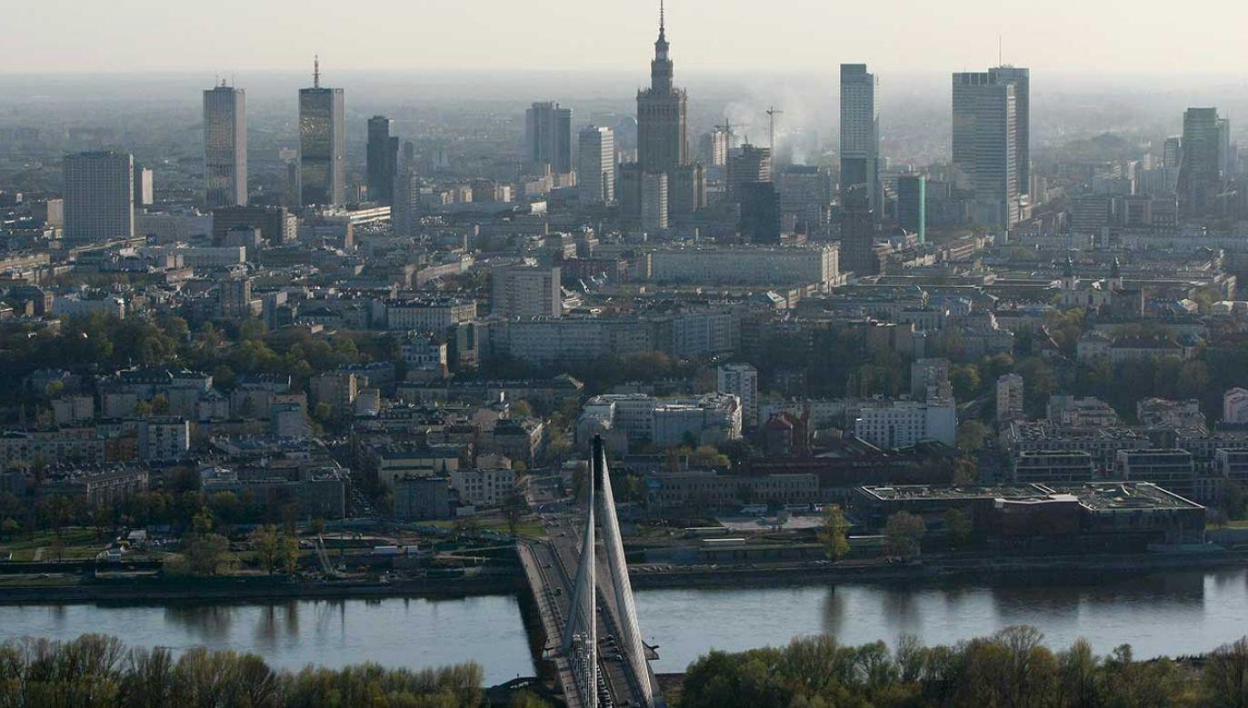 Trzaskowski skomentował decyzję warszawskich radnych (fot. REUTERS/Kacper Pempel)