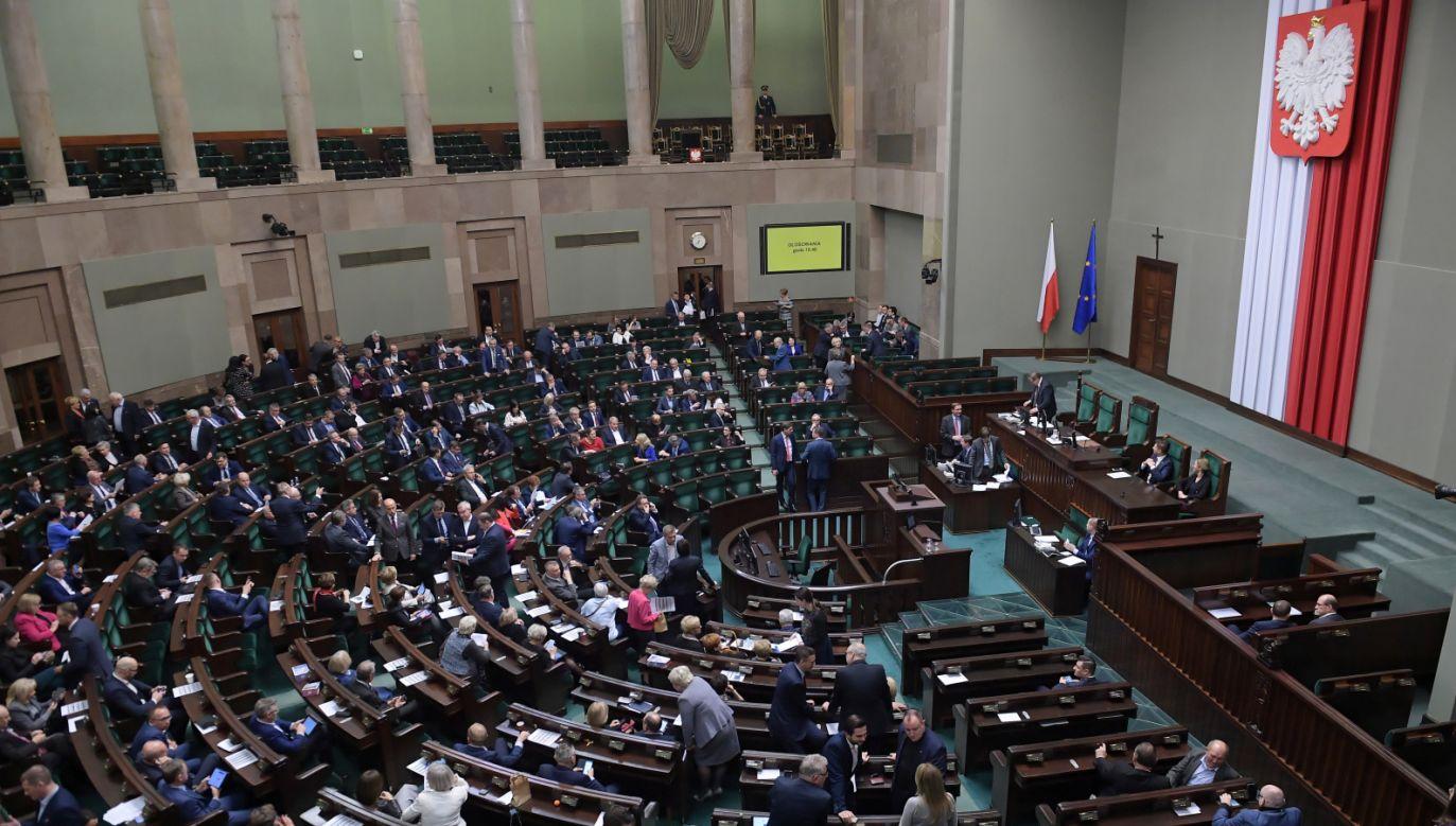 Nowoczesnej brakuje jednego posła do utworzenia klubu parlamentarnego  (fot. PAP/Marcin Obara)