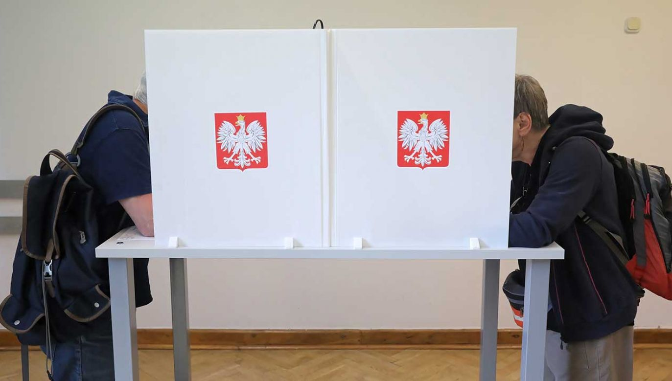 Radny oznajmił, że zawiadomił o tym fakcie policję (fot. PAP/Tomasz Gzell)