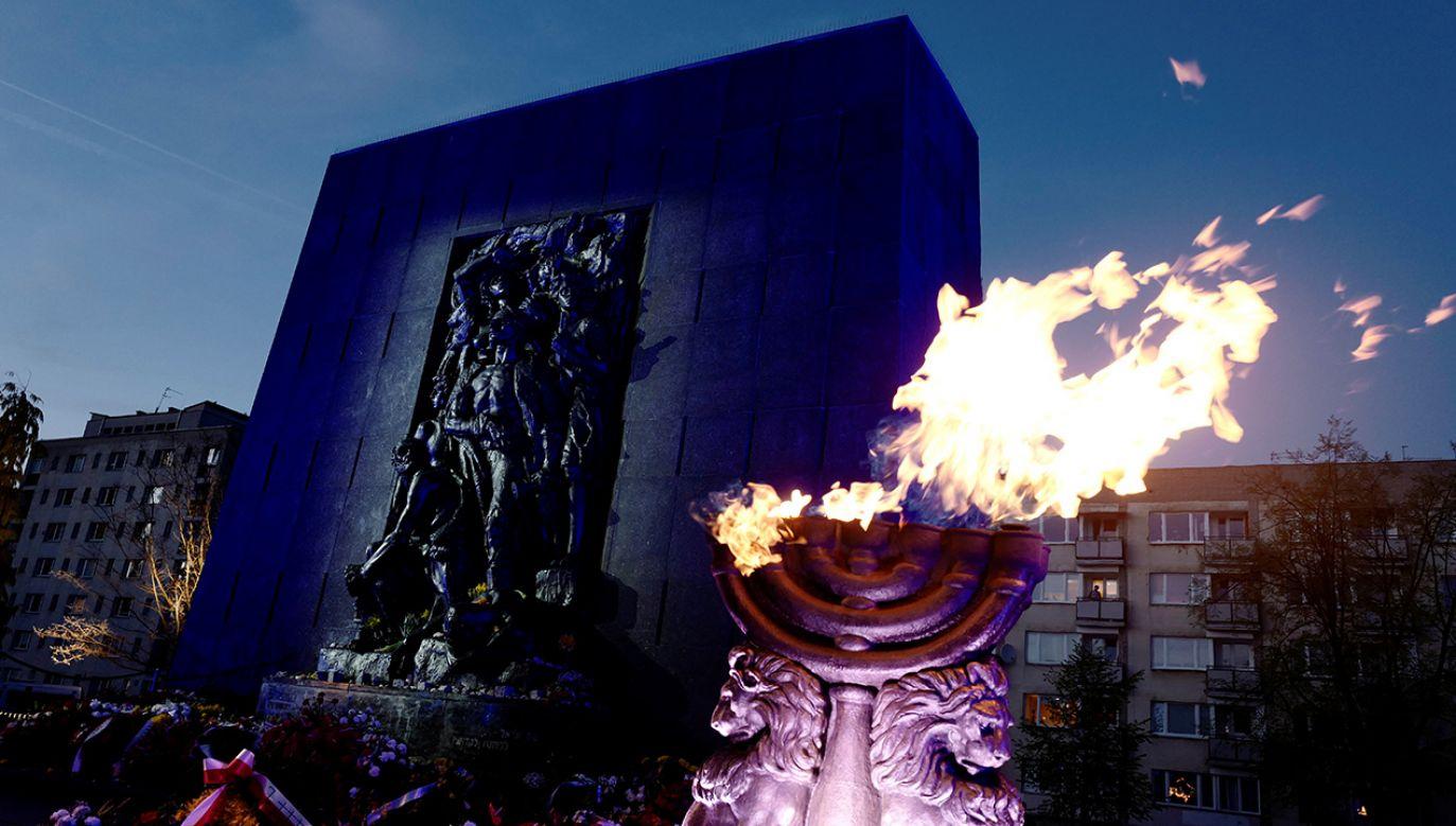 Żydzi w getcie powstali do walki z Niemcami - przypomina Światowy Kongres Żydów (fot. REUTERS/Kacper Pempel)