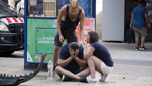 W ataku zostało zabitych kilkanaście osób (fot. PAP/EPA/David Armengou)
