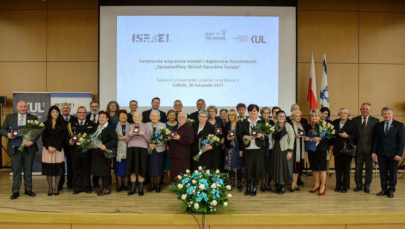 Uroczystość nadania tytułu Sprawiedliwy Wśród Narodów Świata w Centrum Transferu Wiedzy KUL w Lublinie. (fot. PAP/Wojciech Pacewicz)