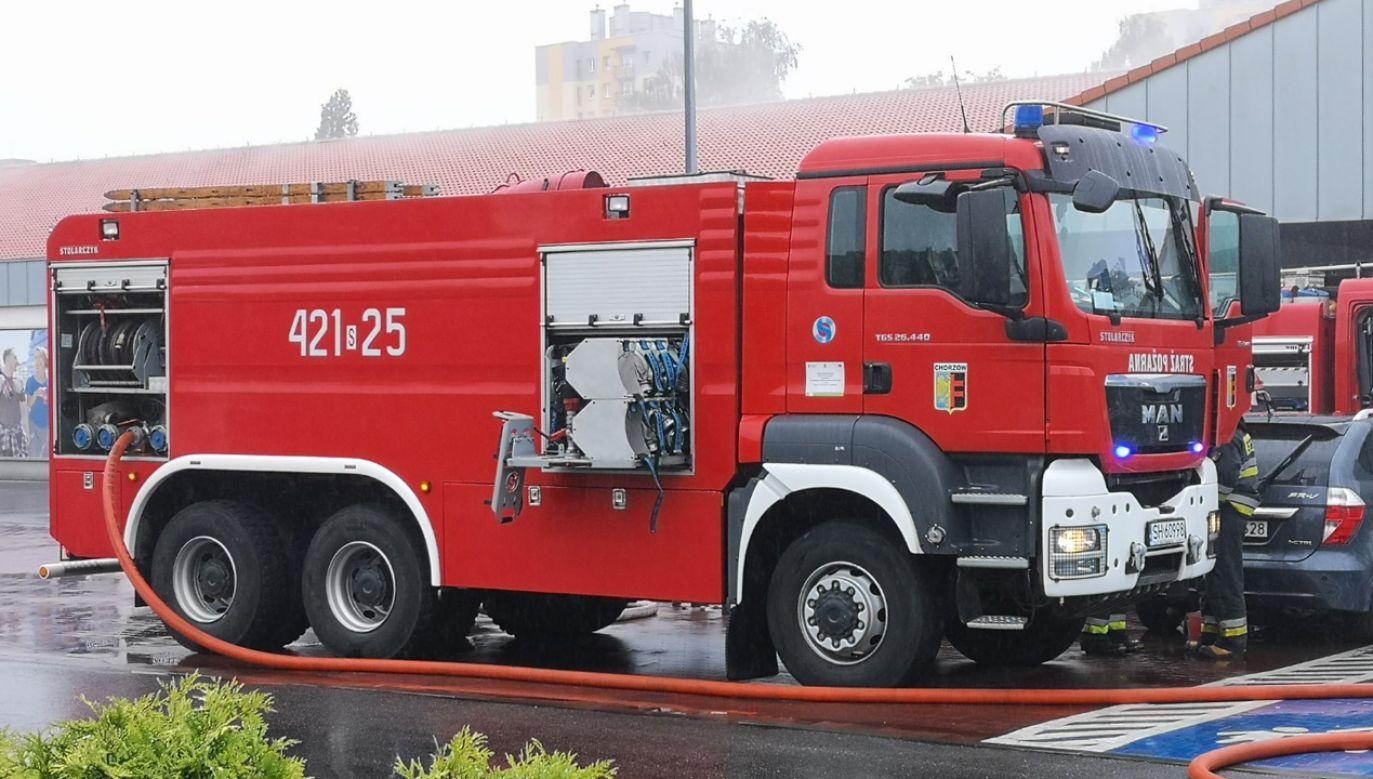 W akcji uczestniczyło 5 zastępów straży pożarnej (fot. TT/Remiza.pl)