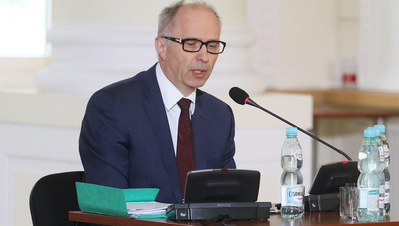 Wiceprezydent Warszawy w latach 2006-2011, Andrzej Jakubiak zeznaje przed komisją weryfikacyjną (fot. PAP/Paweł Supernak)