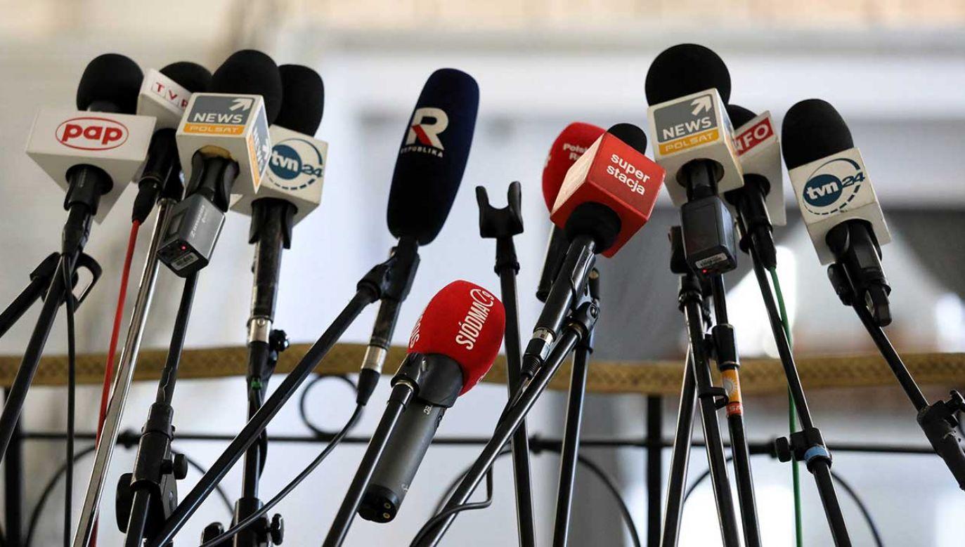 Jarosław Kaczyński miał położyć szczególny nacisk na relacje z mediami (fot. arch. PAP/Tomasz Gzell)