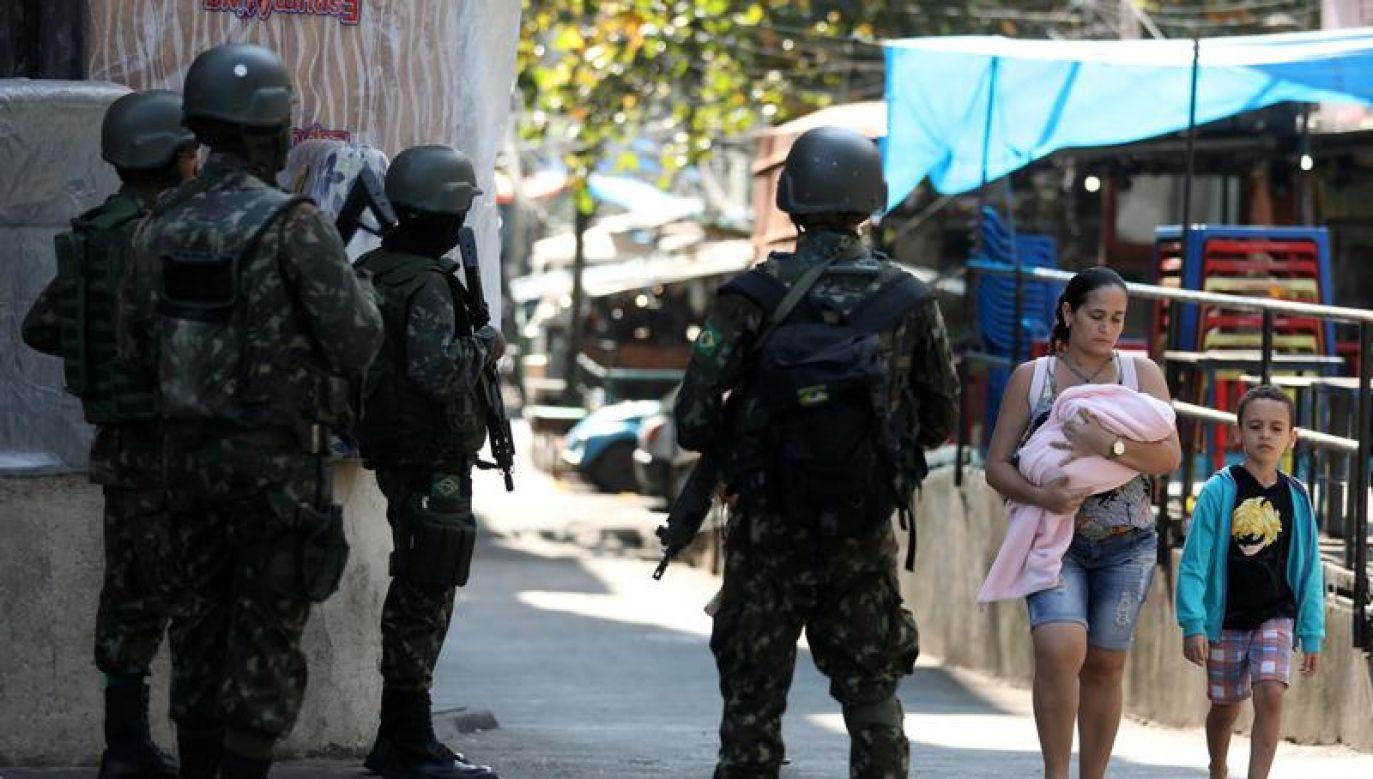 Nasilenie przemocy w Rio de Janeiro niemal nie zmalało (REUTERS/Pilar Olivares)