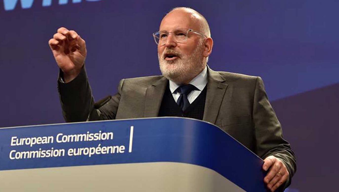 Frans Timmermans jest zmartwiony postępami reformy sądownictwa w Polsce (fot. REUTERS/Eric Vidal)