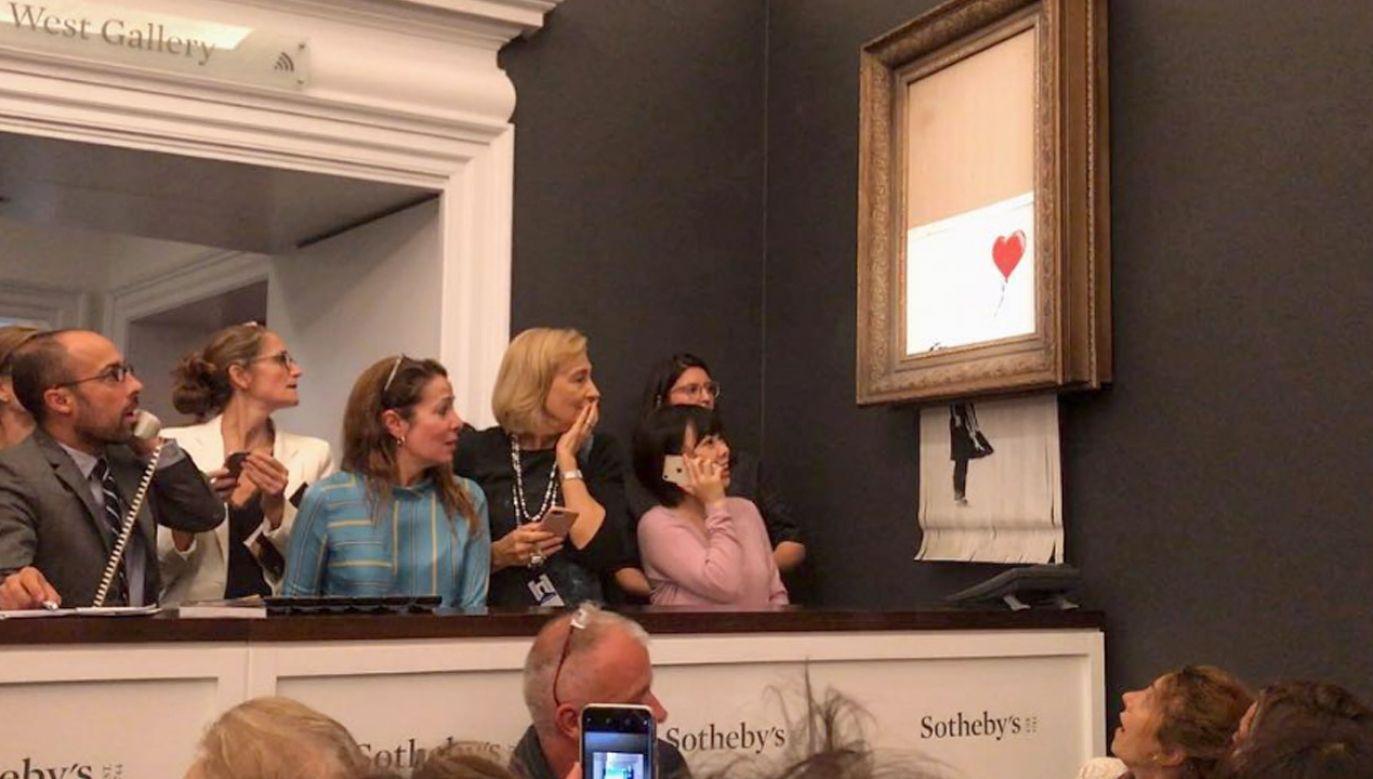 """Obraz """"Dziewczynka z balonikiem"""" uległ samozniszczeniu tuż po końcu jego licytacji (fot. Instagram/banksy)"""