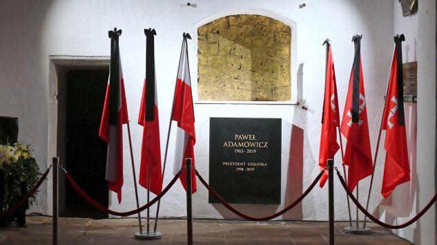 Miejsce gdzie zostanie pochowana urna z prochami prezydenta Gdańska Pawła Adamowicza w kaplicy świętego Marcina w Bazylice Mariackiej (fot. PAP/Adam Warżawa)