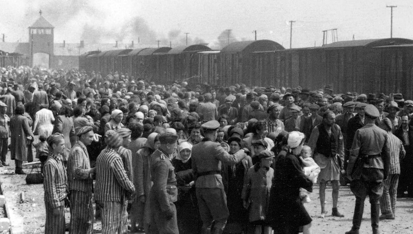 Rampa w Auschwitz-II-Birkenau (fot. wikipedia.org/Yad Vashem)