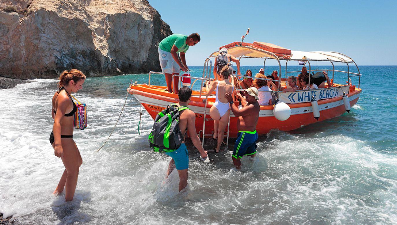 Greckie władze podatkowe nasiliły w tym roku kontrole w popularnych miejscowościach wypoczynkowych (fot. Shutterstock/dancar)
