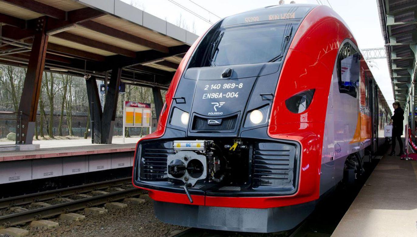 Imiona 16 bohaterów Niepodległej otrzymają pociągi w 16 województwach (fot. tt/@POLREGIO_PL)