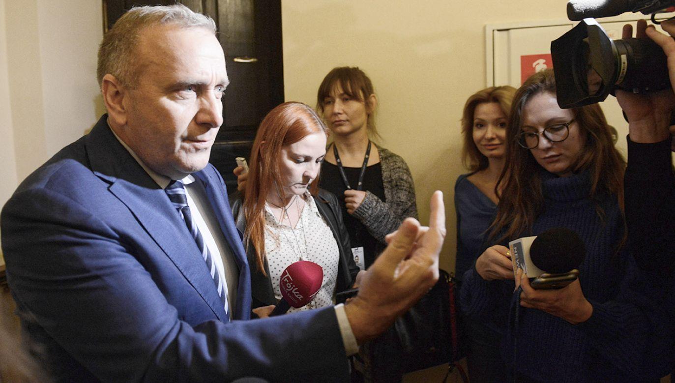 Grzegorz Schetyna po spotkaniu w Sejmie z ambasador USA w Polsce Georgette Mosbacher (fot. PAP/Jakub Kamiński)