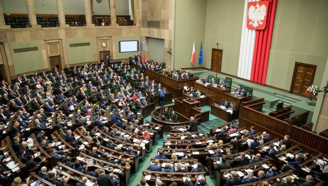 Gdyby wybory odbyły się w styczniu, na PiS zagłosowałoby 44 proc. osób deklarujących udział w głosowaniu (fot. Kancelaria Sejmu?Paweł Kula)