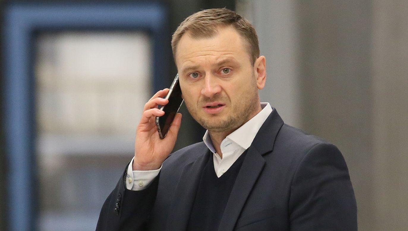 Kandydata Koalicji Obywatelskiej dzieliły od II tury zaledwie 282 głosy (fot.  PAP/Leszek Szymański)