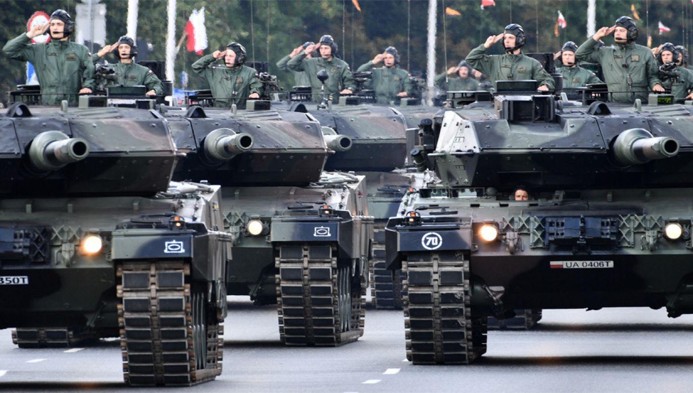 Planuje się, że w 2030 roku Polska będzie przeznaczac 2,5 proc. PKB na obronność (fot. PAP/Jacek Turczyk)