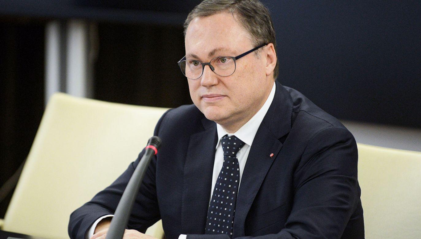 """Senator Grzegorz Bierecki powiedział, """"to nie jest tak, że bandyta zawsze bije tego dobrego"""" (fot. arch.PAP/Jakub Kamiński)"""
