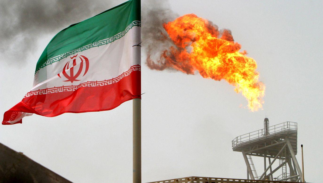 Irańskie media informują, że jeszcze w styczniu wznowienie kupna irańskiej ropy planuje Japonia (fot. REUTERS/Raheb Homavandi/File Photo)