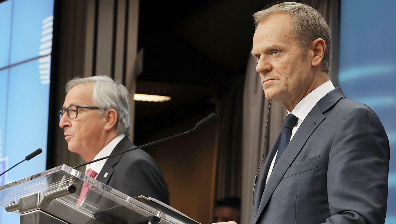 Jean-Claude Juncker (L) i Donald Tusk pogratulowali Mateuszowi Morawieckiemu (fot. Dan Kitwood/Getty Images)