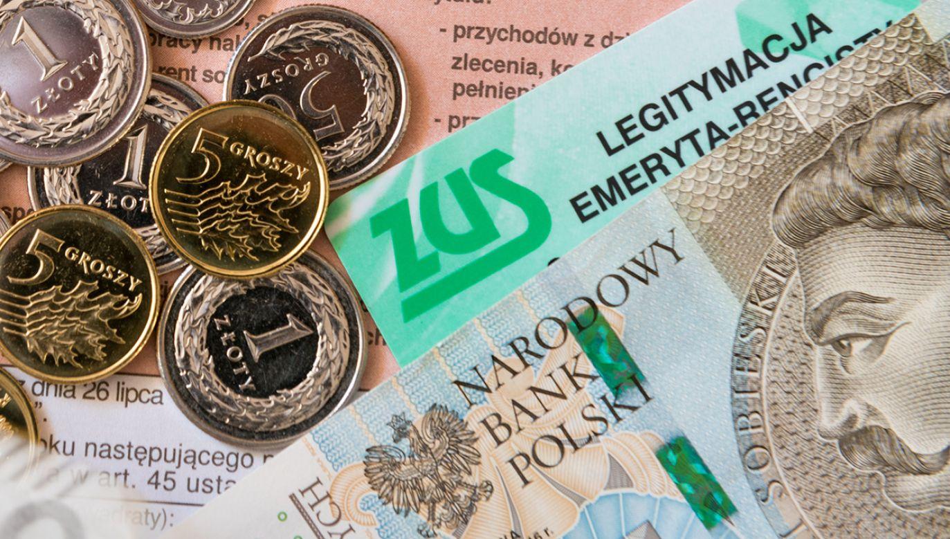 Są klienci, którzy na waloryzacji zyskali ponad 100 tys. złotych (fot. Shutterstock/Maciej Matlak)