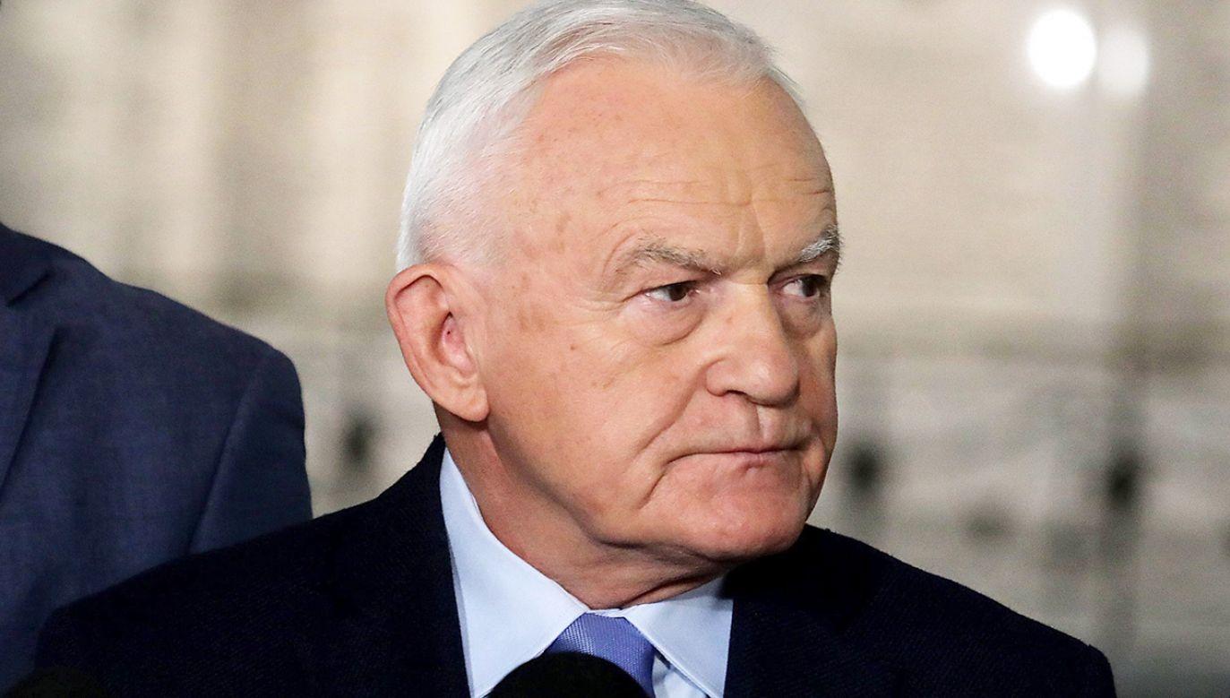 Były premier Leszek Miller  (fot. arch.  PAP/Tomasz Gzell)