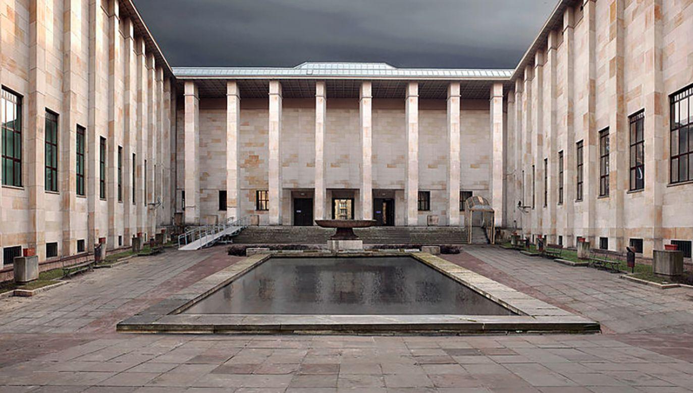 Gmach główny Muzeum Narodowego w Warszawie (fot. pl.wikipedia.org)