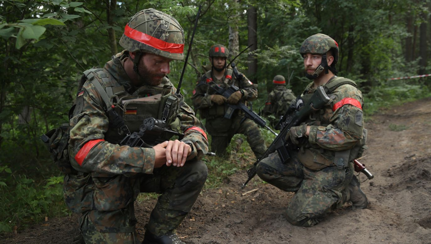 W Niemczech obecnie brakuje nie tylko żołnierzy, ale i personelu technicznego armii (fot. Sean Gallup/Getty Images)