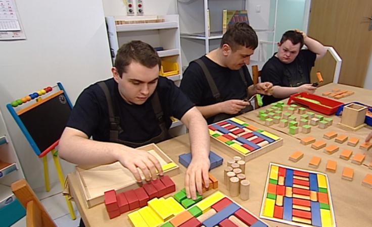Zabawki dla dzieci wykonane przez niepełnosprawnych