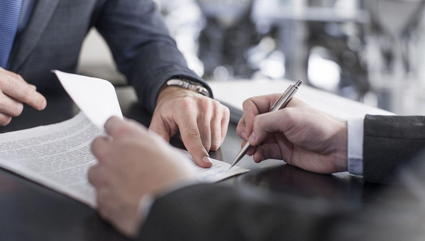 2 proc. badanych bez żadnego wahania nawiązałoby relacje biznesowe z kontrahentem, który już kiedyś im nie zapłacił (fot. Shutterstock/Westend61 Premium)