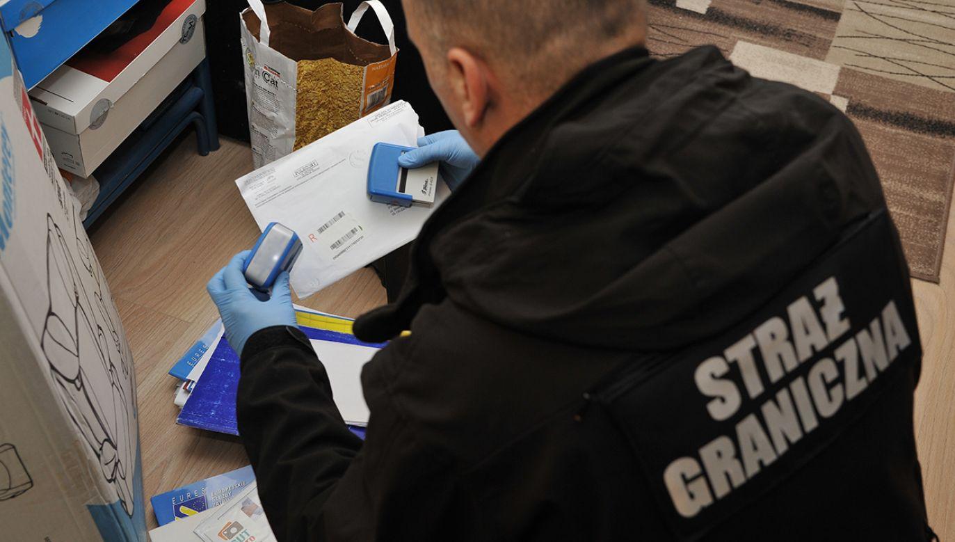 Obcokrajowcy na podstawie fałszywych oświadczeń właścicieli firm o zamiarze ich zatrudnienia otrzymywali w konsulatach wizy z zezwoleniem na pracę (fot. strazgraniczna.pl)