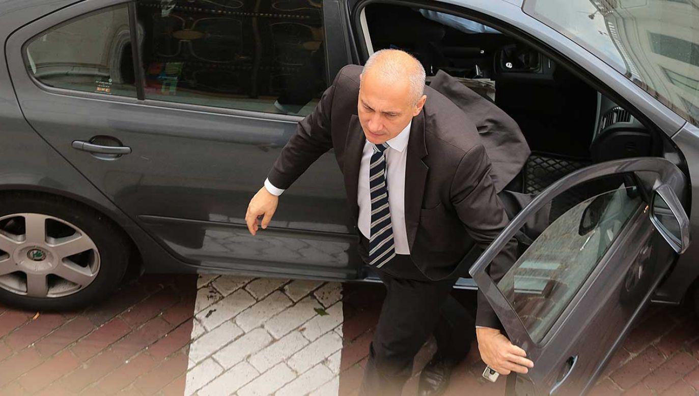"""Brudziński napisał, że chciałby zamknąć sprawę """"wpadki z przekroczeniem prędkości"""", jakiej dopuścił się jego kierowca (fot. arch. PAP/Tomasz Gzell)"""