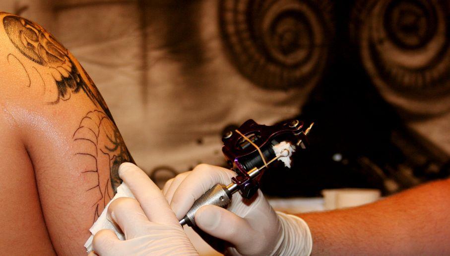 Tatuaż Nie Dla Policjanta Tvpinfo