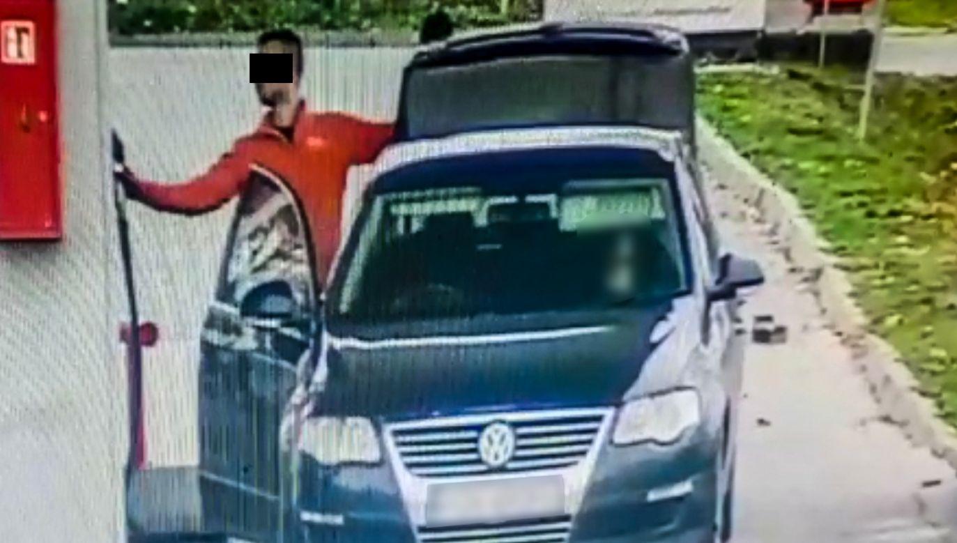 Kradli paliwo do specjalnego zbiornika w aucie (fot. lubuska.policja.gov.pl)