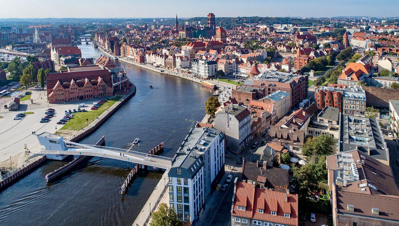 Sąd umorzył postępowanie w związku ze śmiercią prezydenta Gdańska  (fot. Shutterstock/Nahlik)
