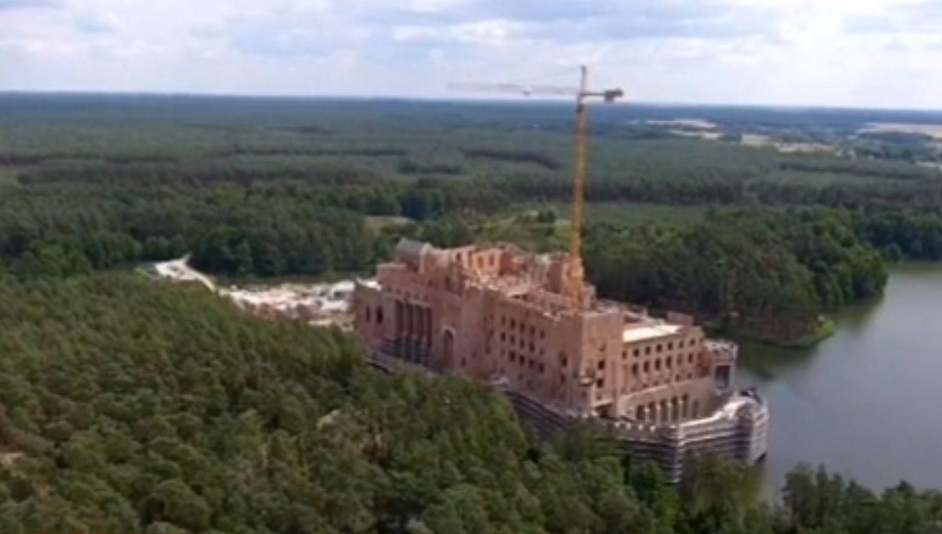 """Ze względu na """"wagę i charakter"""" inwestycji w Stobnicy, sprawę przekazano do Prokuratury Krajowej (fot. TVP Poznań)"""