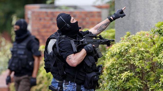 Nieprzerwana od lipca seria napadów z użyciem noża wywołała we Francji medialną debatę (fot. REUTERS/Pascal Rossignol)