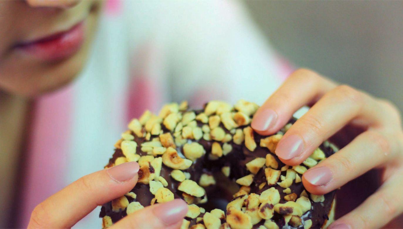 Okazuje się, że spożywanie cukru nie ma wpływu na żaden z aspektów nastroju (fot. Pexels)