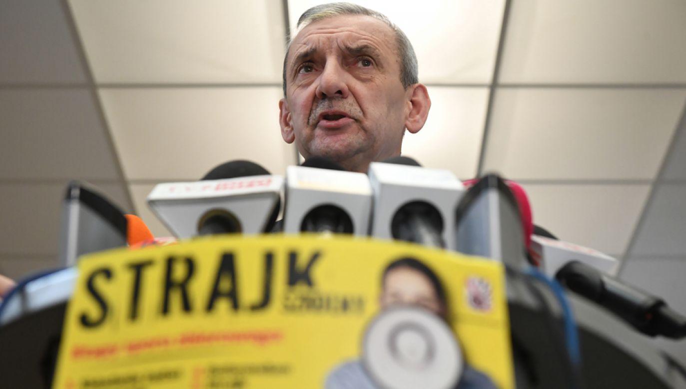 Prezes ZNP Sławomir Broniarz (fot. arch. PAP/Radek Pietruszka)