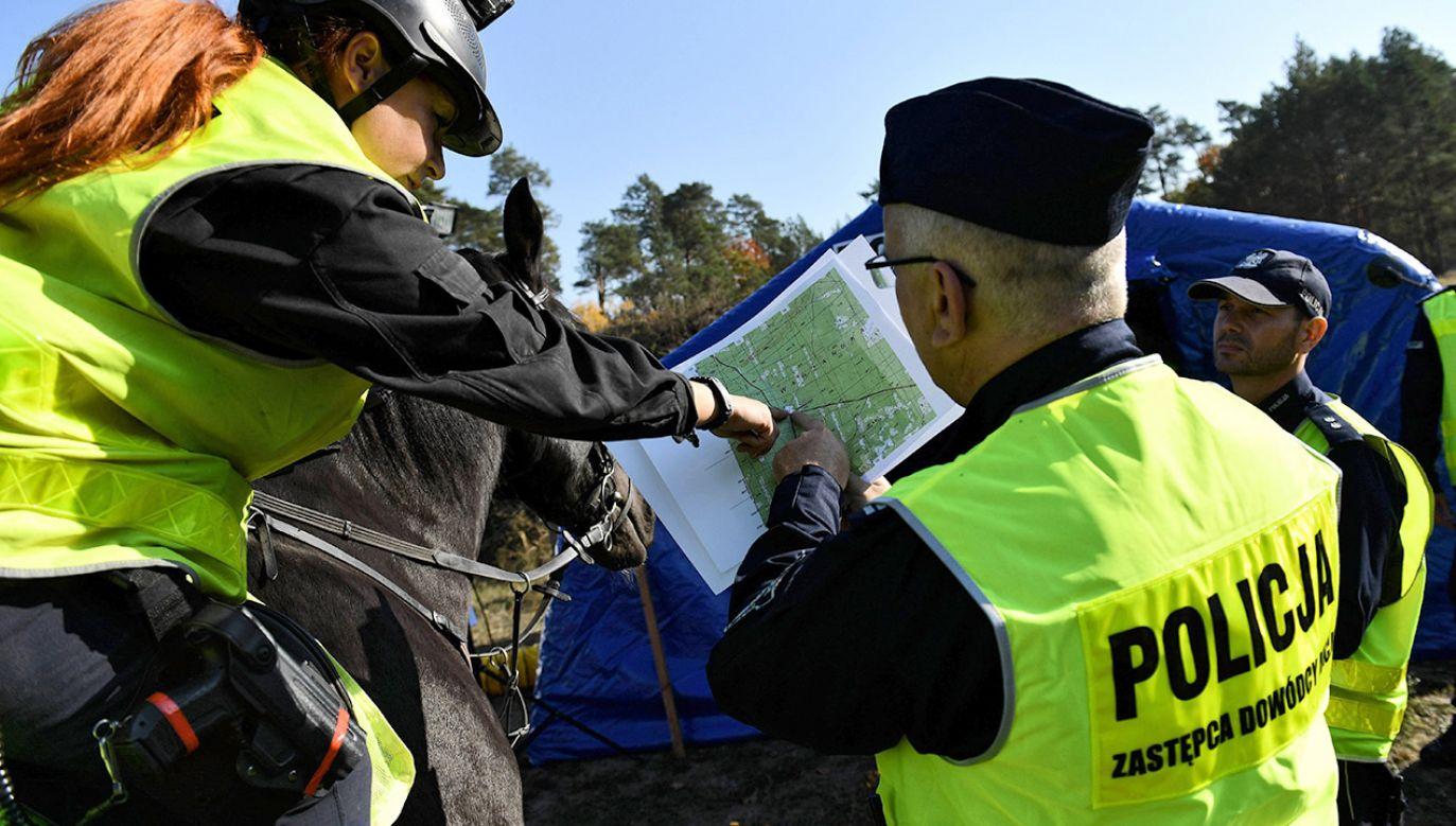 Poszukiwania 19-latka trwają niemal od tygodnia (fot. arch.PAP/Marcin Bielecki)