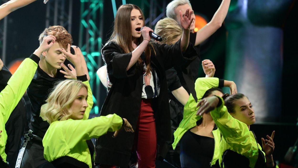 Roksana Węgiel przed rokiem płakała ze szczęścia na tej scenie. Teraz jest już gwiazdą (fot. J. Bogacz/TVP)