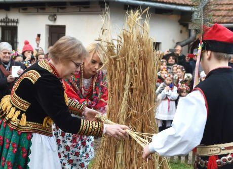 Tradycyjne osadzanie chochoła
