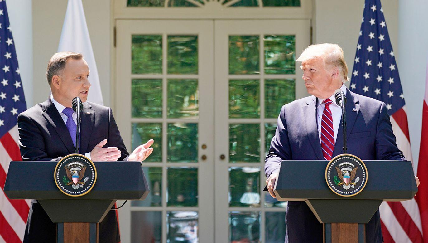 Polska para prezydencka złożyła oficjalną wizytę w Waszyngtonie (fot. REUTERS/Kevin Lamarque)