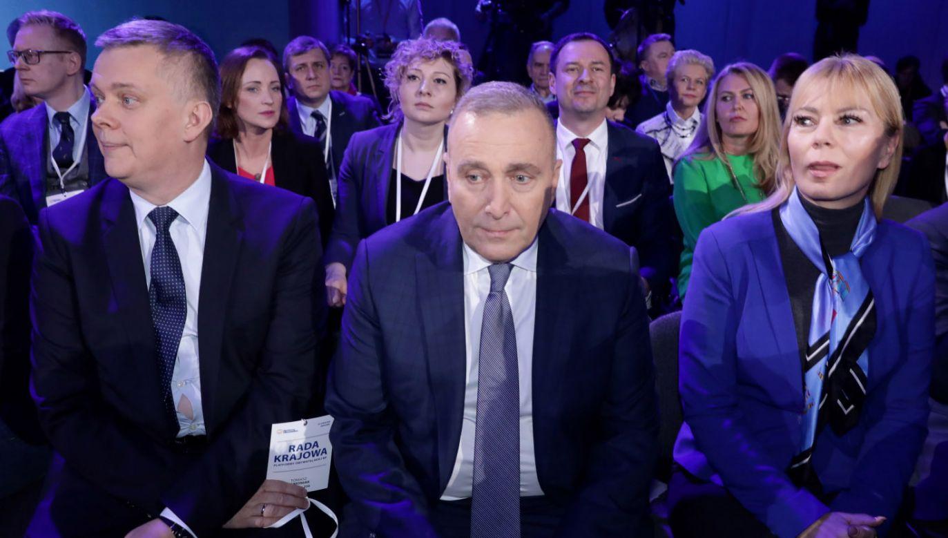 Grzegorz Schetyna, Tomasz Siemoniak i Elżbieta Bieńkowska podczas Rady Krajowej PO (fot. PAP/Tomasz Gzell)