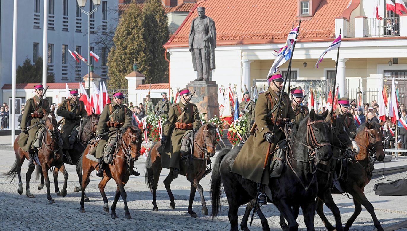 Obchody 100. rocznicy odzyskania niepodległości przez Białystok (fot. PAP/Artur Reszko)